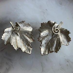 Vintage BSK Leaf Clip-on Earrings